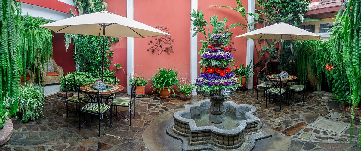 hotel-casa-rustica-antigua-guatemala-1